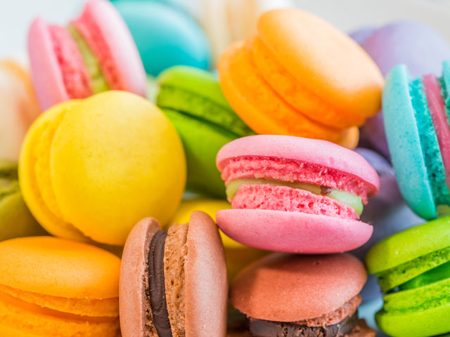 colorful macaroons - snack attack